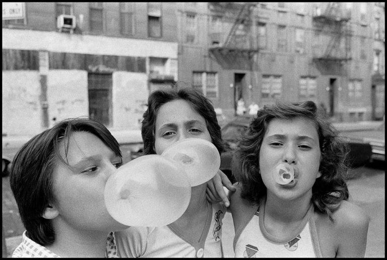 delpire & co : Susan Meiselas : Eyes Open : 23 Idées Photographiques pour Enfants Curieux