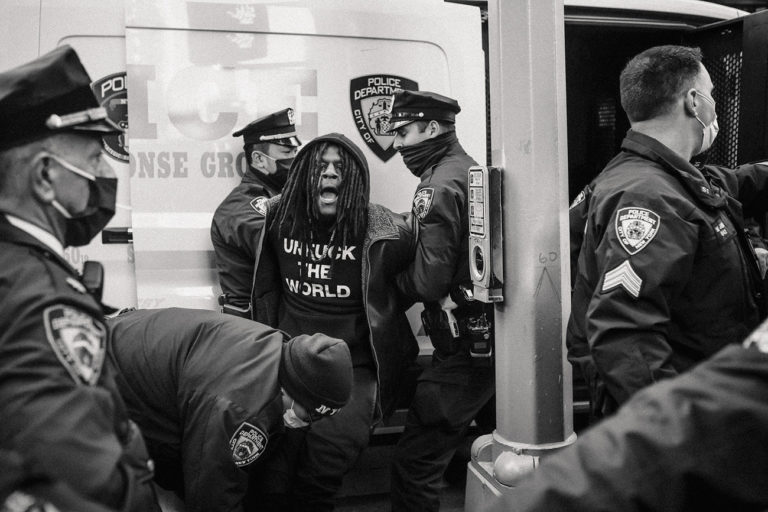 Damiani : Mel D. Cole : American Protest - Photographs 2020 - 2021
